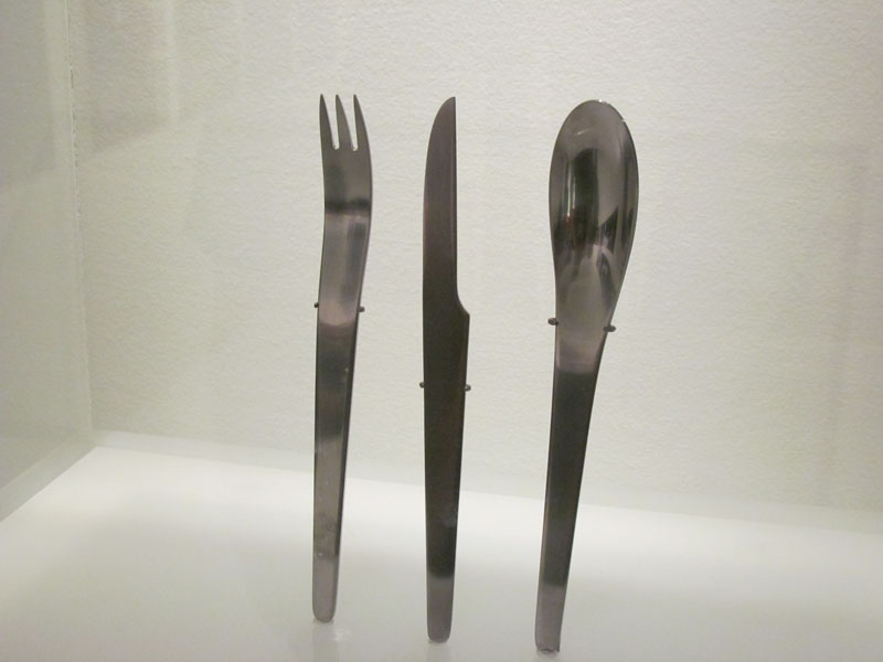 2001-silverware