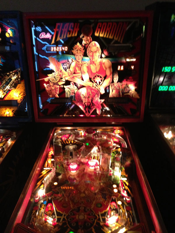 flash-godon-pinball