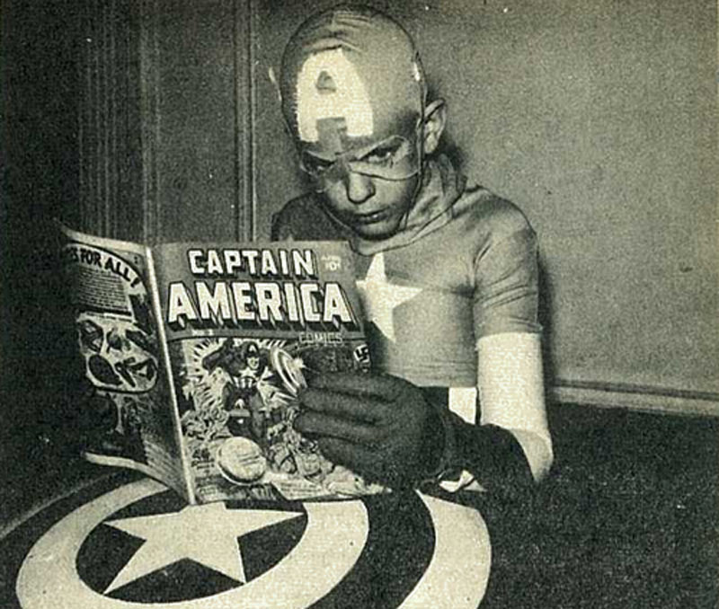 """Celebrate Jack """"The King"""" Kirby's 99th Birthday By Reading Comics in Public"""